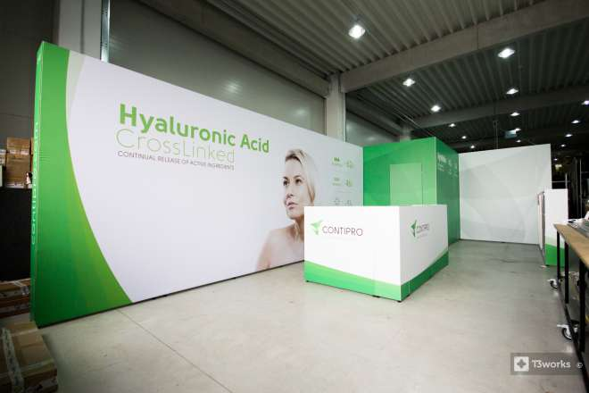 Exhibition stand 9 x 4 m with storage space