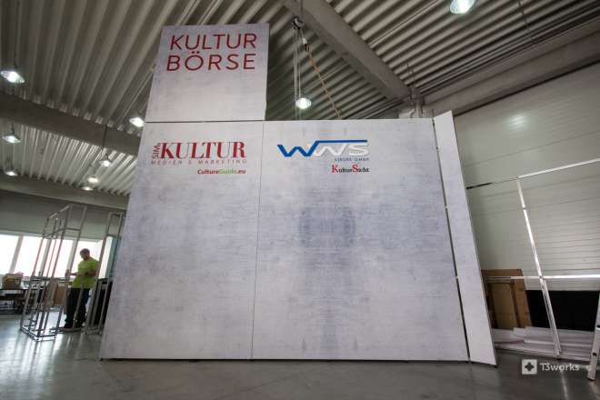 Exhibition stand with 5.5 meters height
