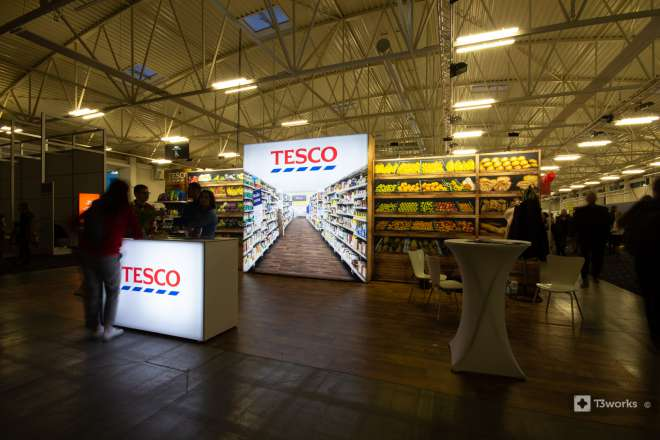 Textile walls TESCO with backlight